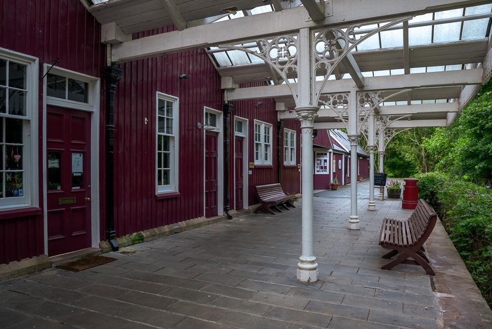 Bahnhof ohne Gleise in Strathpeffer