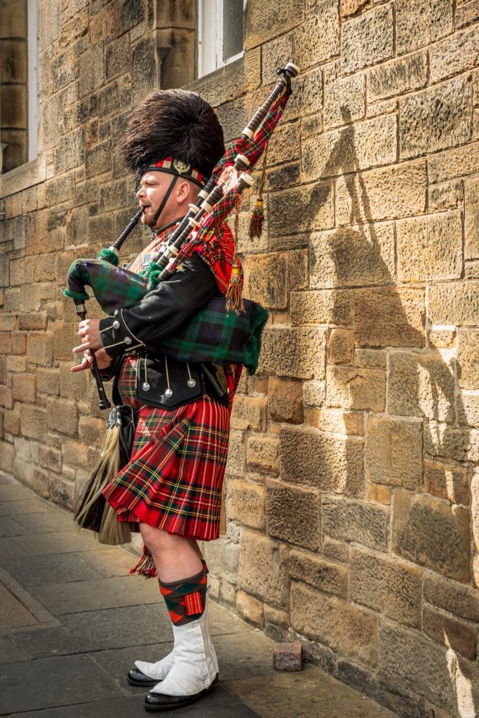Edinburgh - Royal Mile - Dudelsackspieler
