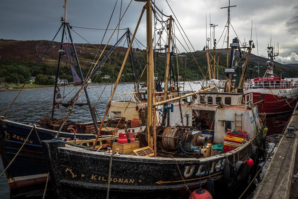 Fischkutter im Hafen von Ullapool
