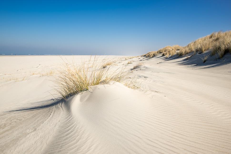 menschenleerer Strand von Juist